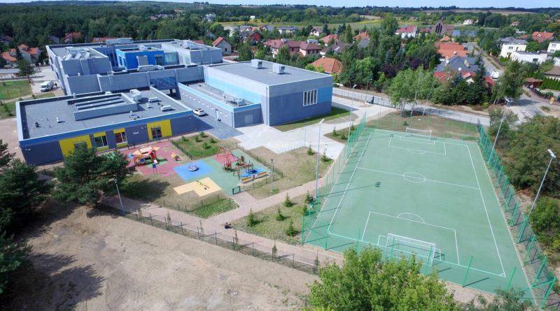nowa szkoła i przedszkole