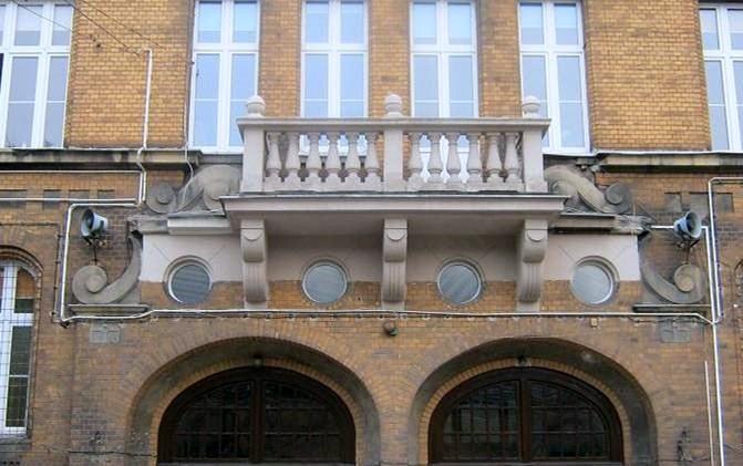zabytkowe szkoły 15 - Miliony na remonty poznańskich szkół