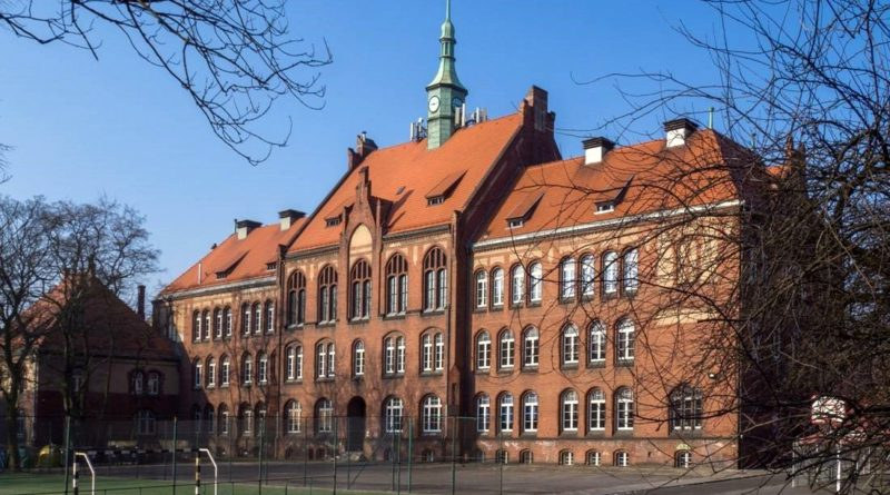zabytkowe szkoły 9 800x445 - Miliony na remonty poznańskich szkół