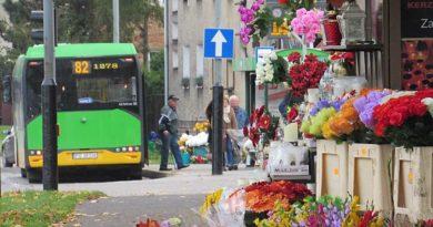 Zmiany w komunikacji miejskiej spowodowane dniem Wszystkich Świętych