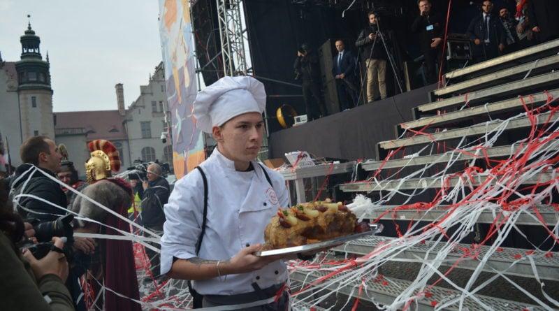 11 listopada 20 800x445 - Poznań świętuje z dwóch powodów - zdjęcia