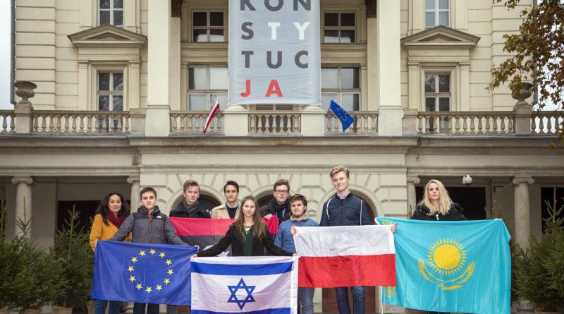 """Młodzi Nowocześni: """"Narodowcy nie mają monopolu na patriotyzm"""""""