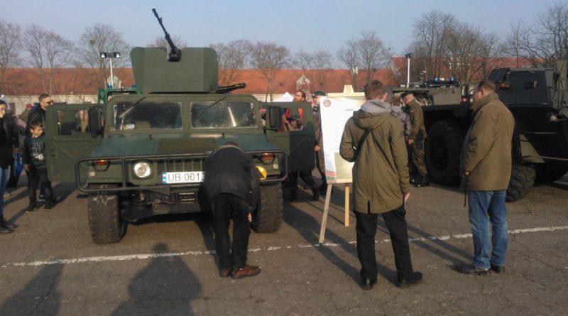 S  30741 800x445 - Służymy Niepodległej: piknik wojskowy na Golęcinie