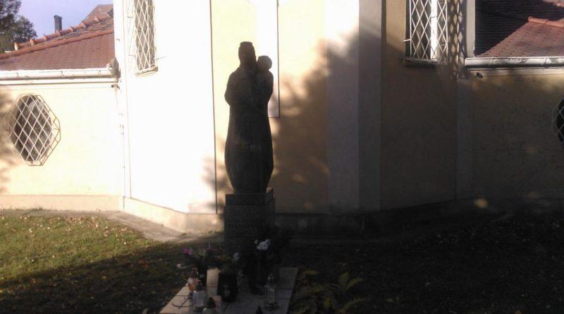 S  9D18 800x445 - Parkowy cmentarz przy Wiśniowej