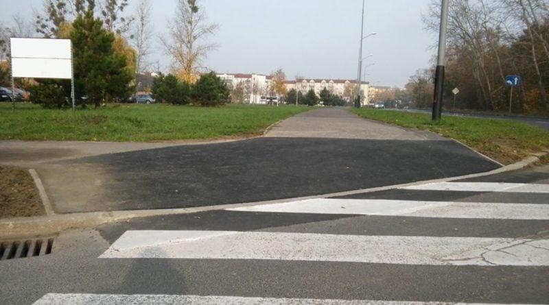 obnizone krawezniki piatkowo 1 crop 1200 677 800x445 - Poznań: Nowe osiedle na Piątkowie. Rada prosi o ostrożność