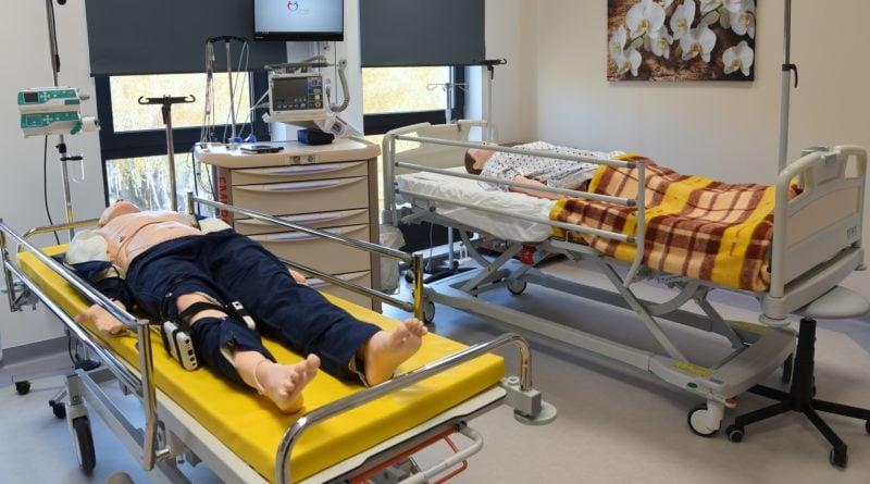 otwarto nowe centrum symulacji medycznejpic11016125445213378show2 800x445 - Centrum Symulacji Medycznej otwarte