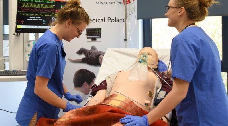 otwarto nowe centrum symulacji medycznejpic11016125445213383show2 800x445 - Centrum Symulacji Medycznej otwarte