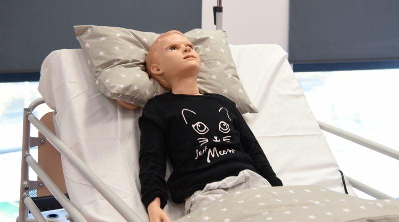 otwarto nowe centrum symulacji medycznejpic11016125445213390show2 800x445 - Centrum Symulacji Medycznej otwarte