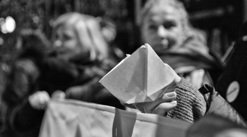 Solidarni z Ukrainą - protest pod Konsulatem Rosji