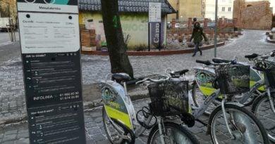 stacja rowerow miejskich 2 390x205 - Poznań: Kłopot z miejskimi rowerami