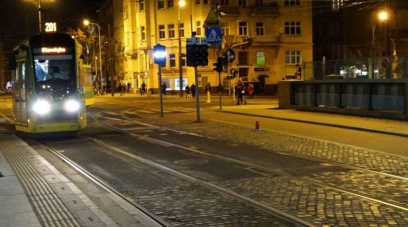 tramwaj linii 201 800x445 - Prace torowe na Starołęckiej i Zamenhofa
