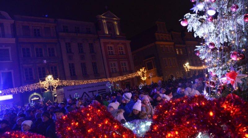 betlejem poznanskie 10 800x445 - Betlejem Poznańskie: zdjęcia z rozpoczęcia imprezy na Starym Rynku