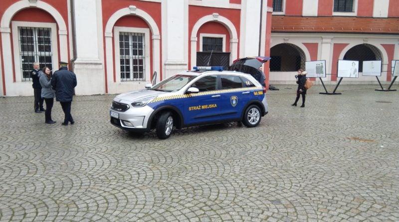 eko patrol 5 800x445 - Eko Patrol z nowym radiowozem - pomoże w walce ze smogiem