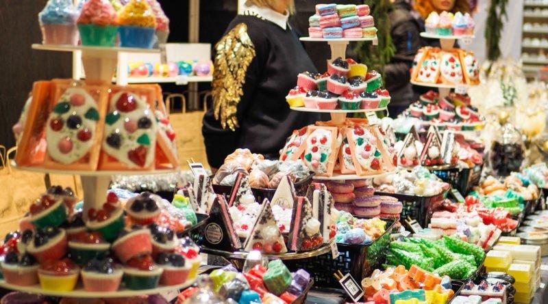 festiwal sztuki i przedmiotow artystycznych 13 800x445 - Festiwal Sztuki i Przedmiotów Artystycznych - zdjęcia