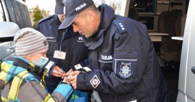 policjanci 2 390x205 - Poznań: 100-lecie policji. Defilada i festyn dla poznaniaków