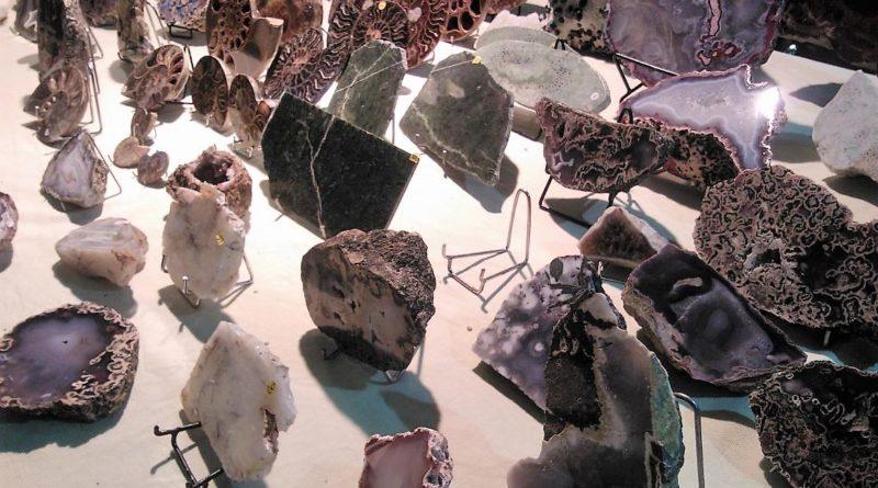 s  806d1 800x445 - Najpiękniejsze kamienie i minerały w MP2