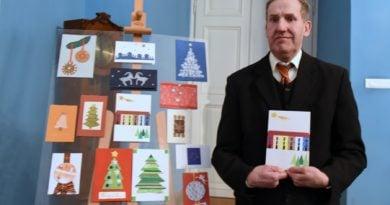 Senior zaprojektował poznańską kartkę świąteczną