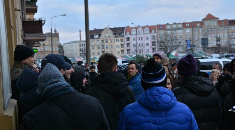 stanislaw michalkiewicz 3 800x445 - Stanisław Michalkiewicz w Poznaniu - protesty