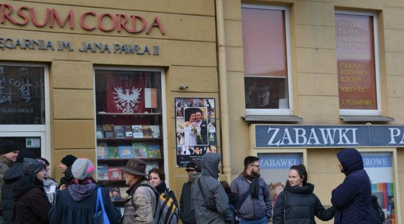 stanislaw michalkiewicz 32 800x445 - Stanisław Michalkiewicz w Poznaniu - protesty