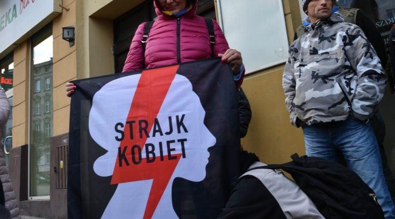 stanislaw michalkiewicz 38 800x445 - Stanisław Michalkiewicz w Poznaniu - protesty