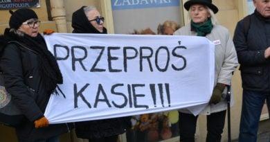 stanislaw michalkiewicz 39 390x205 - Stanisław Michalkiewicz w Poznaniu - protesty