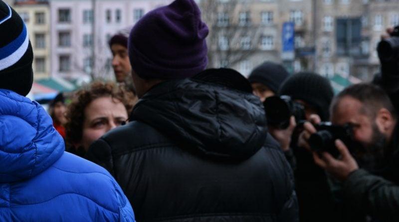 stanislaw michalkiewicz 4 800x445 - Stanisław Michalkiewicz w Poznaniu - protesty