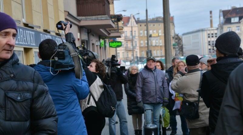 stanislaw michalkiewicz 44 800x445 - Stanisław Michalkiewicz w Poznaniu - protesty