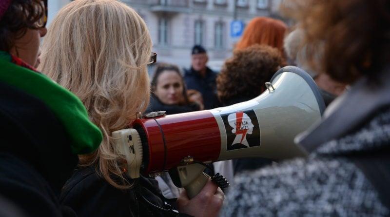 stanislaw michalkiewicz 50 800x445 - Stanisław Michalkiewicz w Poznaniu - protesty
