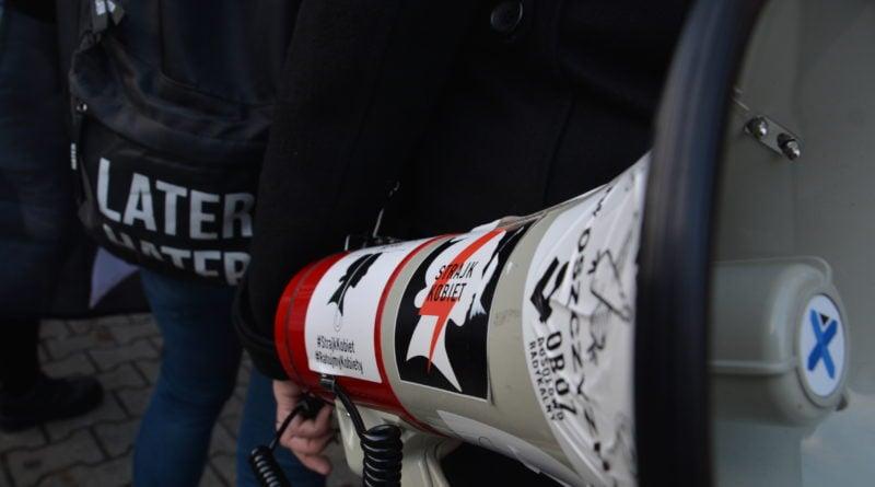stanislaw michalkiewicz 51 800x445 - Stanisław Michalkiewicz w Poznaniu - protesty