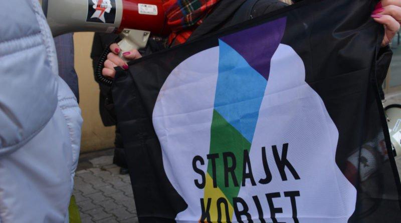stanislaw michalkiewicz 52 800x445 - Stanisław Michalkiewicz w Poznaniu - protesty