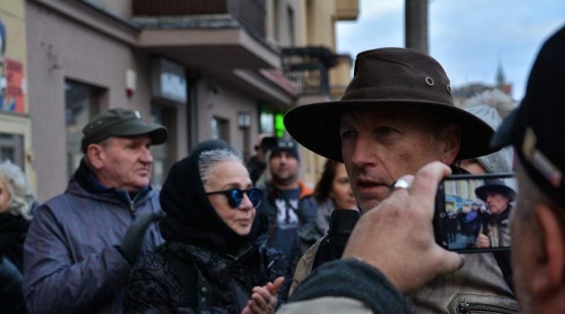stanislaw michalkiewicz 6 800x445 - Stanisław Michalkiewicz w Poznaniu - protesty