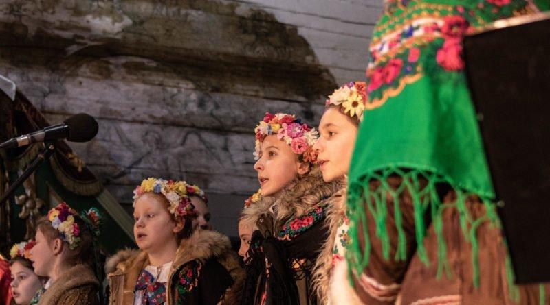 koledowanie dziekanowice 42 800x445 - Hej kolęda... - tradycyjne kolędowanie w Wielkopolskim Parku Etnograficznym w Dziekanowicach