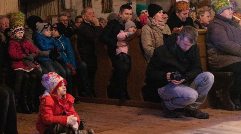 koledowanie dziekanowice 44 800x445 - Hej kolęda... - tradycyjne kolędowanie w Wielkopolskim Parku Etnograficznym w Dziekanowicach