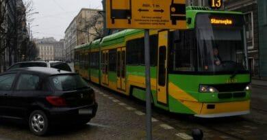 metr crop 1200 677 390x205 - Poznań walczy z blokowaniem tramwajów