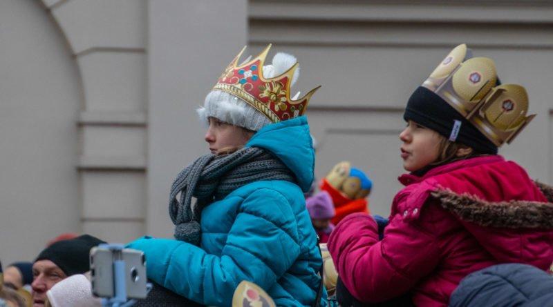orszak 3 kroli poznan 2019 49 800x445 - Tysiące poznaniaków przyszło zobaczyć orszak Trzech Króli