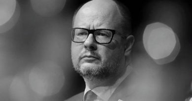 Paweł Adamowicz