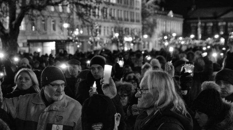 poznaniacy pozegnali prezydenta adamowicza 2 800x445 - Poznaniacy pożegnali prezydenta Adamowicza