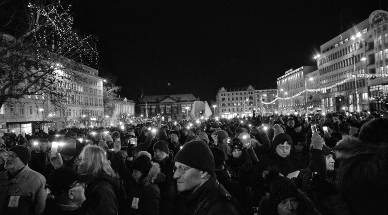 poznaniacy pozegnali prezydenta adamowicza 3 800x445 - Poznaniacy pożegnali prezydenta Adamowicza
