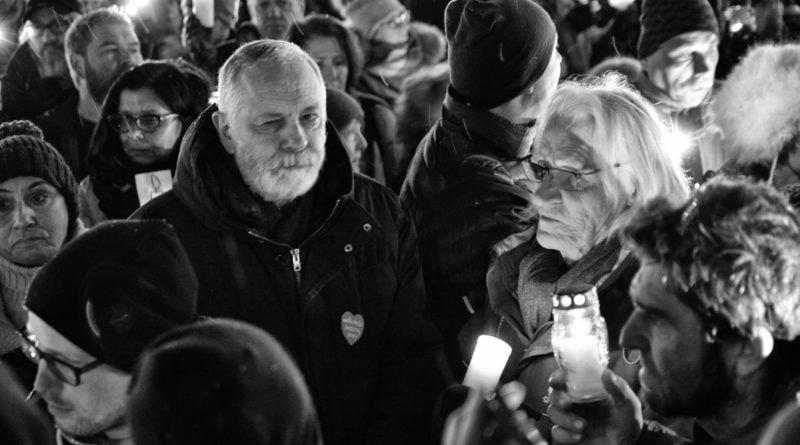 poznaniacy pozegnali prezydenta adamowicza 8 800x445 - Poznaniacy pożegnali prezydenta Adamowicza