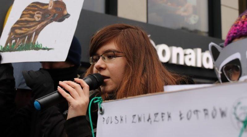 """protest dziki 2 800x445 - Protest """"Poznań solidarny z dzikami"""""""