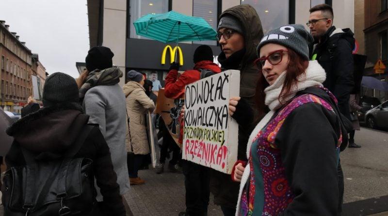 """protest dziki 9 800x445 - Protest """"Poznań solidarny z dzikami"""""""