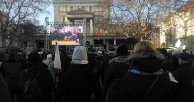 s  3cc0a 390x205 - Poznaniacy pożegnali prezydenta Adamowicza