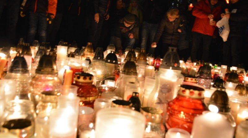 serce dla pawla adamowicza 13 800x445 - Największe Serce Świata dla Pawła Adamowicza