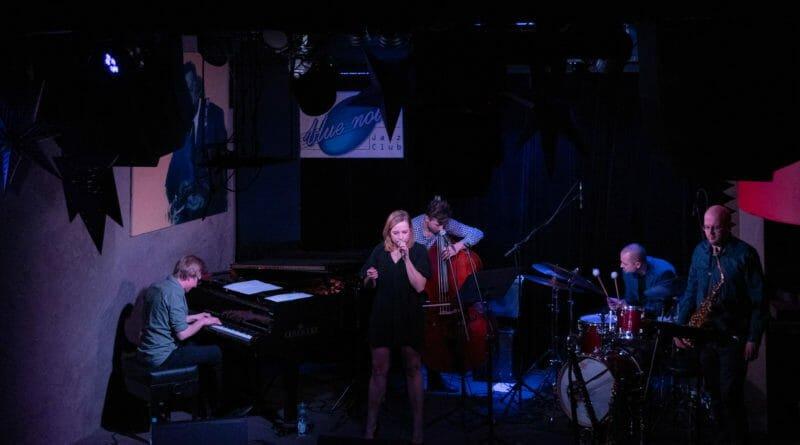 agnieszka maciaszczyk w blue note 26 800x445 - Agnieszka Maciaszczyk Quintet: In Search Of - koncert z okazji debiutanckiej płyty
