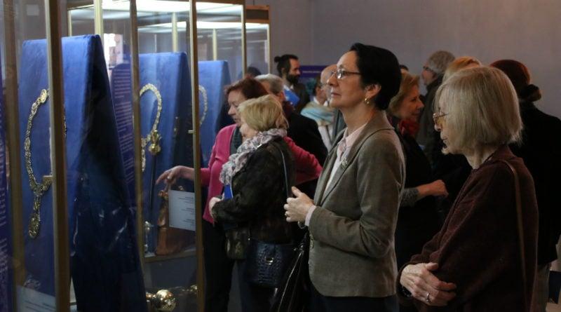 Berła, łańcuchy i pierścienie - wystawa w poznańskim Muzeum Archidiecezjalnym