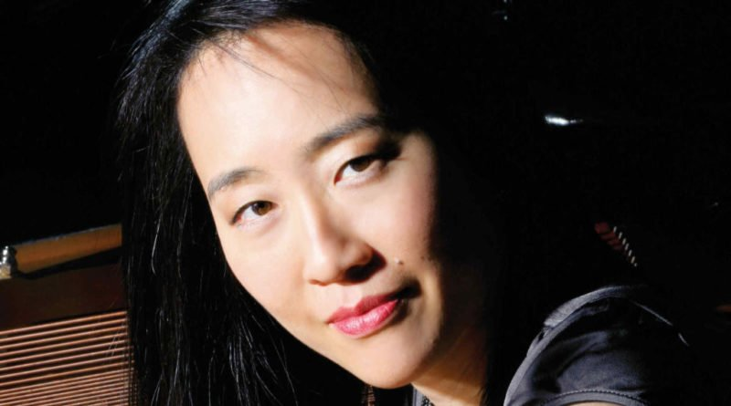helen sung pianist3 2400x1350 1024x576 800x445 - 21 lat klubu Blue Note: Helen Sung – Sung With Words