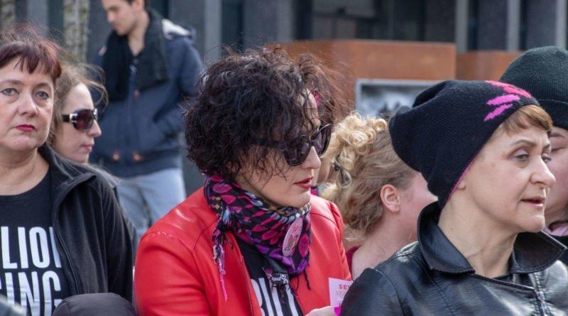 nazywam sie miliard 15 800x445 - Poznań: Kobiety i mężczyźni zatańczyli przeciwko przemocy seksualnej