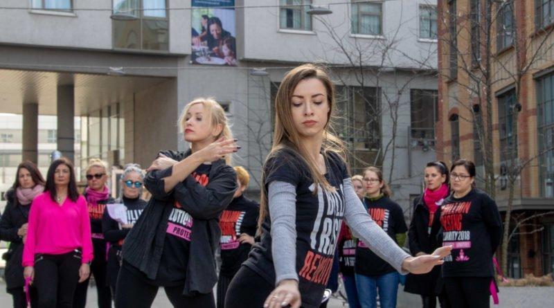 nazywam sie miliard 47 800x445 - Poznań: Kobiety i mężczyźni zatańczyli przeciwko przemocy seksualnej