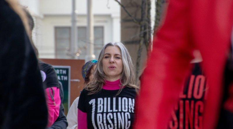 nazywam sie miliard 83 800x445 - Poznań: Kobiety i mężczyźni zatańczyli przeciwko przemocy seksualnej