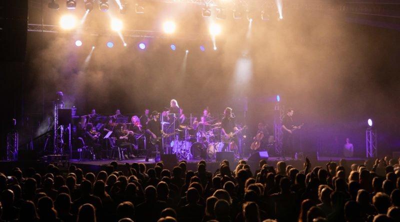 scream.ing 82 800x445 - Poznań: Muzyka zespołu Metallica w wersji symfonicznej